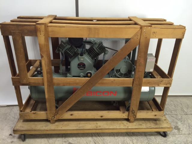 日立 3馬力給油式レシプロコンプレッサー 2.2P-9.5V6